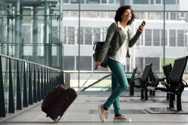 【大学院生】通学の重たい荷物におすすめ小型軽量のキャリー10選!【小型キャリー 通学バック】